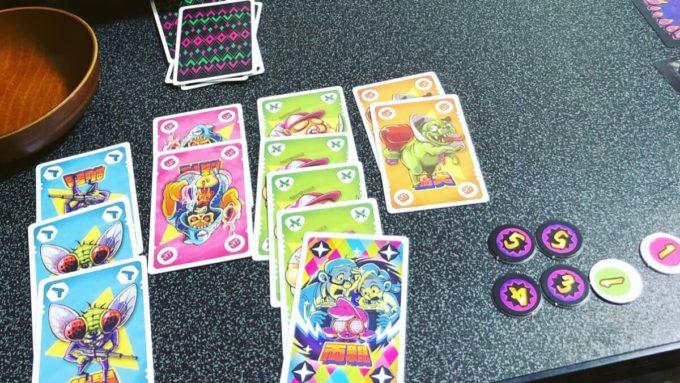 カードゲームのセイミインザスーパークレイジーワールド